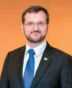 Dr. Alexandre Hohl